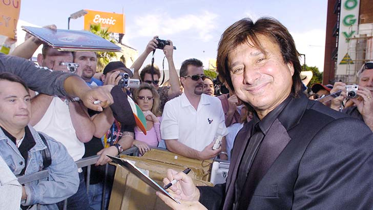steve-perry-of-journey-at-an-induction-ceremony-at...