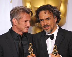 Sean Penn Makes Inappropriate Joke at the Oscars