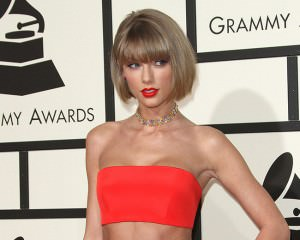 Taylor Swift To Release New Music This Week!